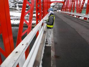 橋の塗装工事